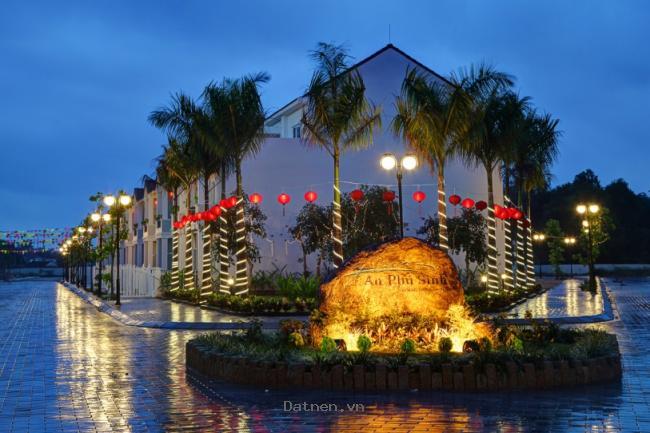 Bán nhà mặt tiền hướng Đông Nam,  trung tâm TP Quảng Ngãi