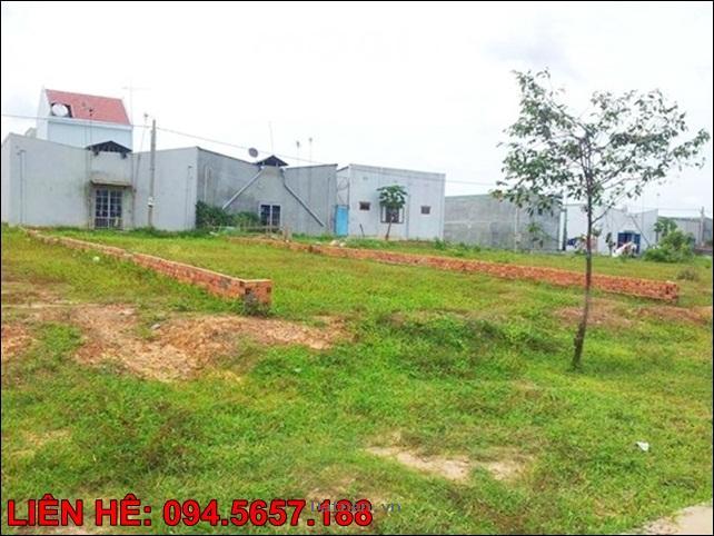 Tôi cần bán 300m2 đất xây nhà trọ KCN tiêu chuần Singapore, gần QL13. Giá 270 triệu