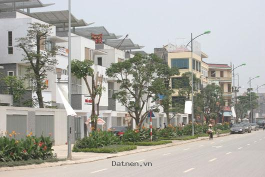Bán bt hạ đình *suất ngoại giao* 214 Nguyễn xiển (vào HĐ),0917136119