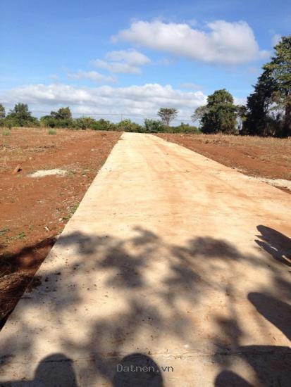 Bán đất mặt tiền đườngvành đai tp Buôn Ma Thuột giá 68 triệu/m ngang