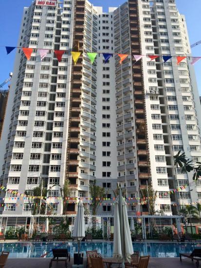 Căn hộ đã xây xong.Giao nhà hoàn thiện cao cấp. TT 50% nhận nhà. Gia chỉ 1,65 tỷ/căn