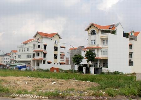 bán gấp đất mặt tiền đường Nguyễn Thị Thập Phường Tân Quy Quận 7, vị trí đẹp
