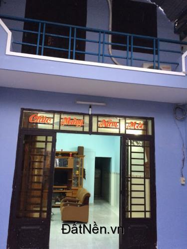 Bán nhà riêng gần chợ Dĩ An 1Bình Dương tăng tất cả nội thất trong nhà.