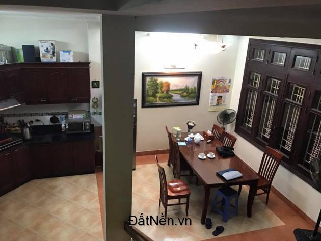 Bán gấp nhà đẹp Nguyễn Trãi, quận Thanh Xuân, DT 50m2, giá 3.9 tỷ.