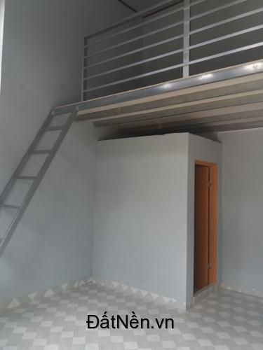 Cho thuê phòng trọ kề bên quán Tứ Linh Hội, Đông Xuyên. Phòng trọ có gác lửng