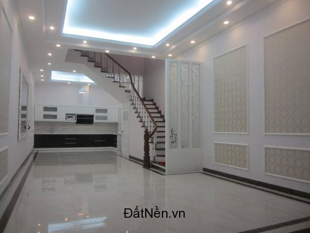 Bán nhà 1 trệt 1 lầu hẻm Tân Hòa Đông gần Hương Lộ 2,4x13m, chính chủ