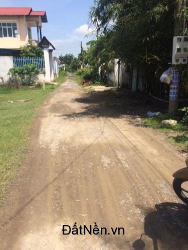 lô đất 2 mặt đường tiện kinh doanh gần UBND Phú Đông