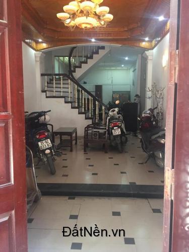 Cho thuê nhà tại số 9 ngõ 44 Nguyễn Phúc Lai - Ô Chợ Dừa - Hà Nội