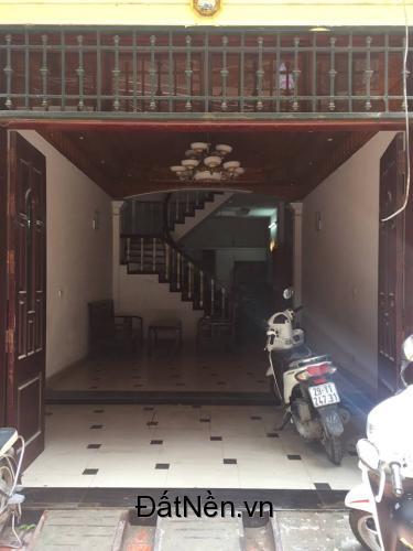 Mặt bằng kinh doanh tại số 9B ngõ 44 Nguyễn Phúc Lai - Ô Chợ Dừa - Đống Đa  - Hà Nội