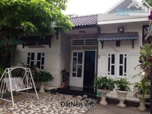 Bán căn biệt thự vườn 120m2 SHR nằm trên đường Tỉnh Lộ 9, Hóc Môn