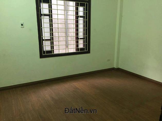 Cho thuê phòng tại phố Vĩnh Phúc-  Hoàng Hoa Thám