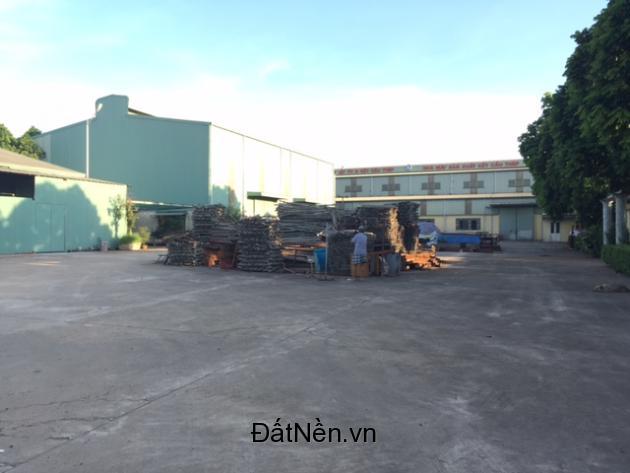 Cần bán 7000m nhà xưởng mặt đường QL6 gần UBND Chúc Sơn