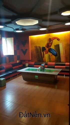 Bán nhà Cao Xanh gần sân bóng 5 tầng - 11 Phòng - Hiện đang làm Karaoke -Kinh doanh tốt Giá 4,85 tỷ