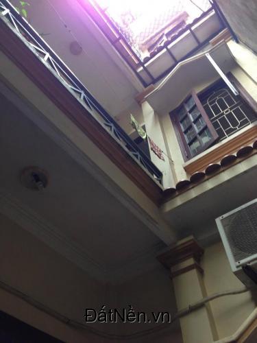 Bán nhà Đặng Văn Ngữ 50m, 4 tầng, giá 3.1 tỷ. Lh : 0941.921. 536.