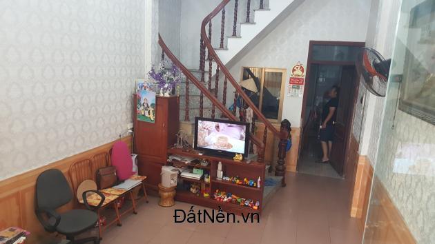 bán nhà mặt đường Lê Thánh Tông -  P. Hồng Gai, Hạ Long, 3,7 tỷ