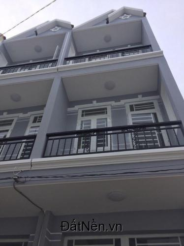 Bán nhà sổ riêng ,đẹp,đường nhựa 8m ở Huỳnh Tấn Phát,Nhà Bè