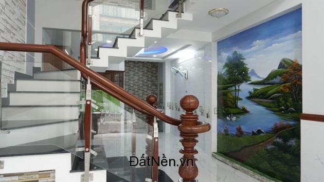 Nhà mới xây 4 tấm, 4.5x15m, hẻm 8m Đình Nghi Xuân, giá tốt