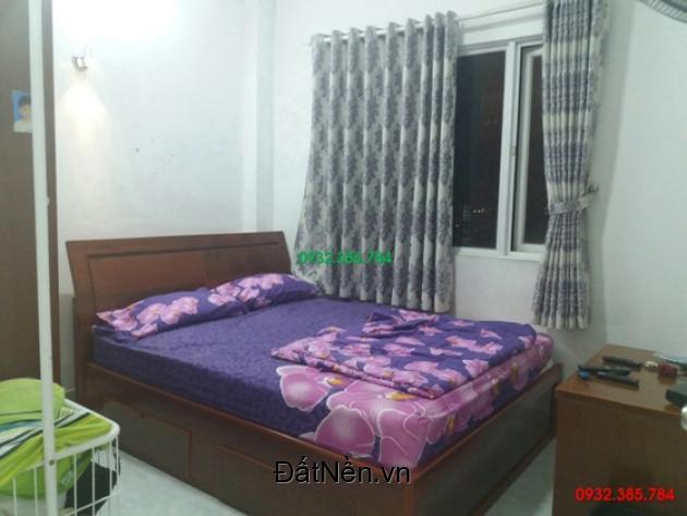 Cho thuê căn hộ 3 phòng ngủ chung cư Khánh Hội 2 call 0932.385.784