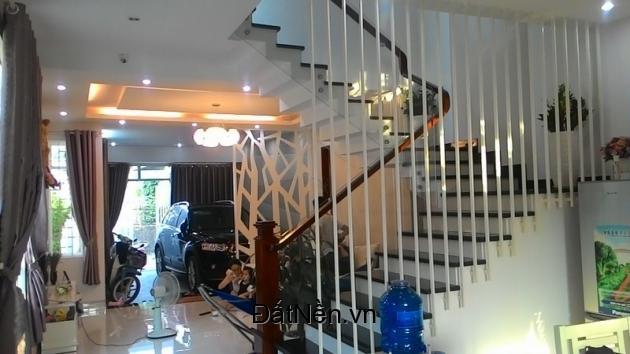 Bán nhà khu dân cư Bình Chánh, gần chợ Bình Chánh DT 120M2, GIÁ 820TR