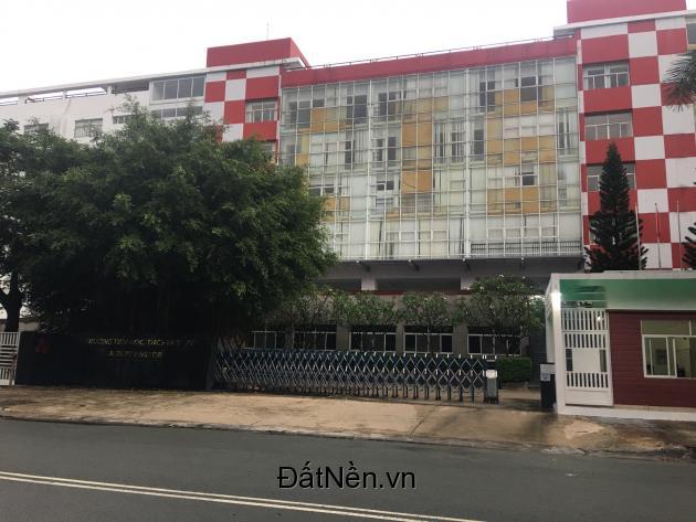 Bán đất nền biệt thự KDC Green Life 13C 270m2(15x18) sổ riêng giá tốt