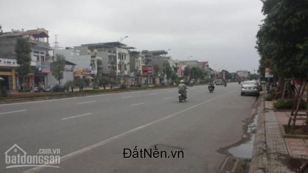 Bán 500m2 nhà mặt phố Ngô Gia Tự quận Long Biên