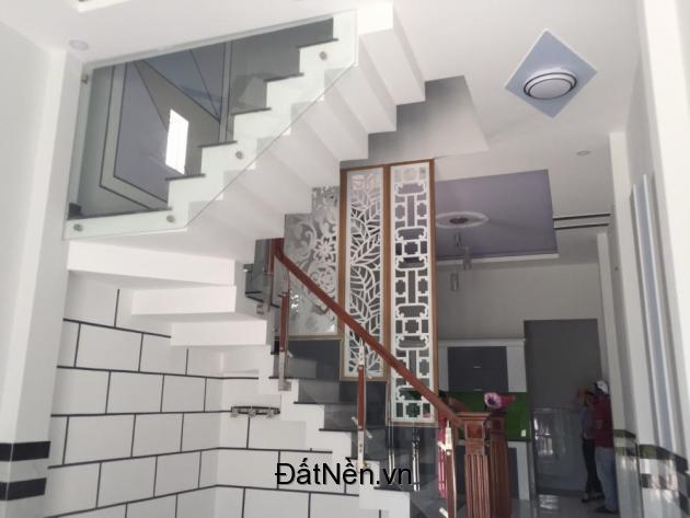 Bán nhà hẻm 8m Lê Đình Cẩn, DT 4x13m, 3 tấm mới đẹp giá 2.95 tỷ