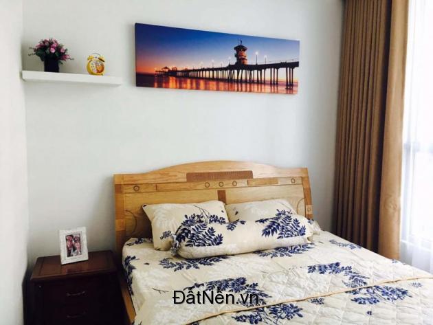 Cho thuê căn hộ Vinhomes central park 3 phòng ngủ diện tích 100m2 Tòa Landmark giá 21 tr/tháng.