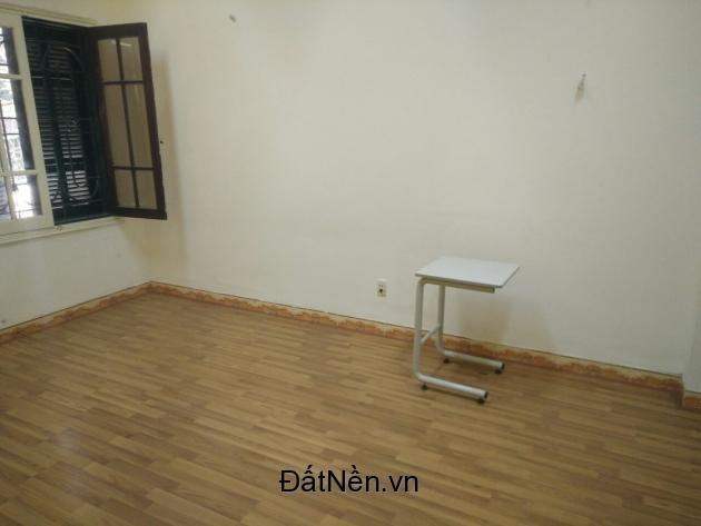 Nhanh kẻo hết ! Mặt sàn 80m2 ngăn 3 phòng cho thuê làm VP,lớp học,nhà ở tại Lê Văn Thiêm Lh:0904630803