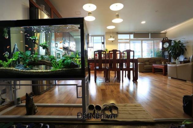Chính chủ cần bán căn hộ chung cư cao cấp 671 Hoàng Hoa Thám, Ba Đình. LH: 0936.358.981