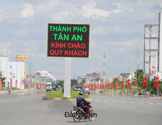 bán đất đường hùng vương, Tp. Tân An tiện Kinh doanh văn phòng, khách sạn