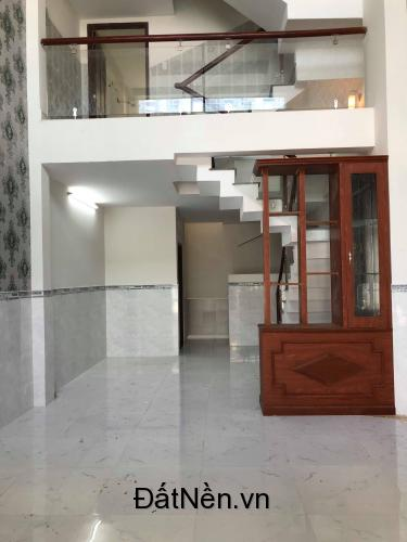 Nhà 1 trệt 1 lửng 1 lầu đường nhựa 7m, sổ riêng