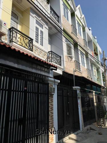 Bán gấp nhà phố liền kề,3 tầng ,mới xây,Huỳnh Tấn Phát,Phú Xuân,Nhà Bè