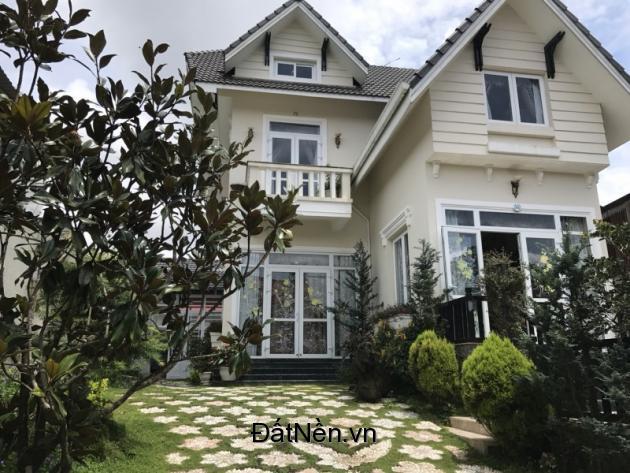 Cần tiền bán gấp Biệt thự Trần Quang Khải,thành phố Đà Lạt