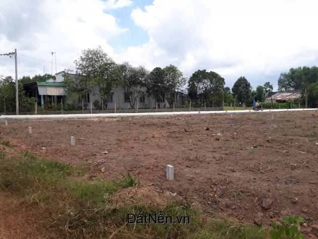 Thay đổi chỗ ở cần bán lại 2 lô đất MT Nguyễn Văn Khạ giá 590tr, dt 130m2
