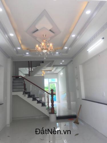Bán nhà riêng tại , Huỳnh Tấn Phát, thị trấn Nhà Bè.dt 3,5x12m