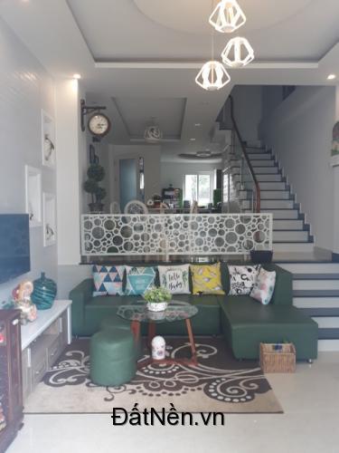 Cần tiền bán gấp căn nhà đường Nguyễn Công Trứ –Phường 8- Tp Đà Lạt
