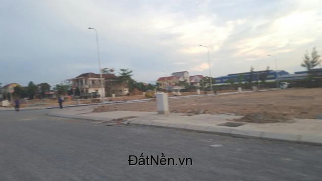 mua đất đẹp TTTP Đồng Hới- nhận ngay 5 chỉ vàng 9999-LH ngay 0901982833