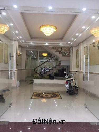 Cần tiền Kinh doanh nên cần bán gấp khách sạn mặt tiền đường chính Hai Bà Trưng - Thành phố Đà Lạt