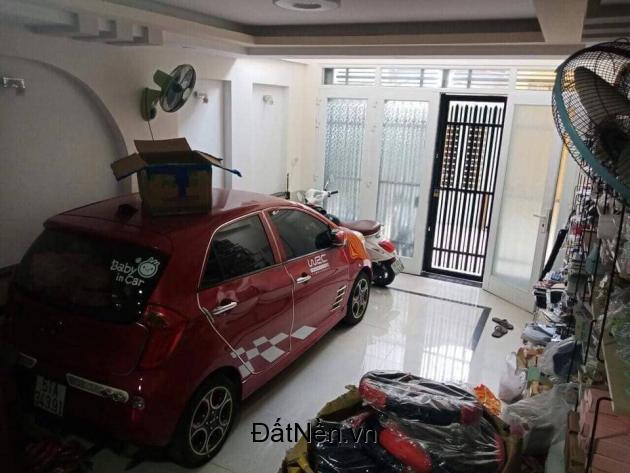 Bán nhà đẹp ở ngay Phan Đăng Lưu quận Phú Nhuận, xe hơi vào tận nhà chỉ 6,8 tỷ.