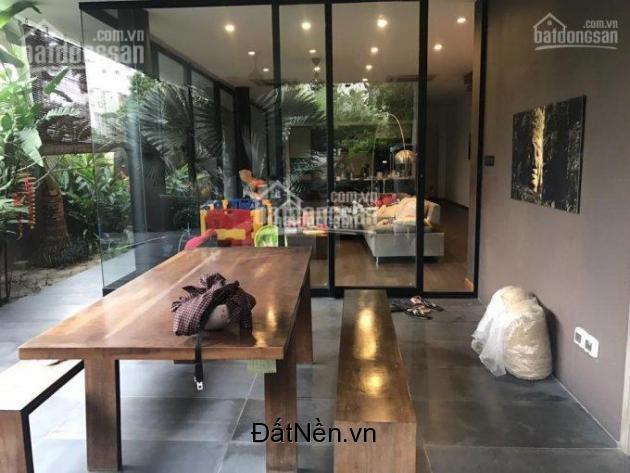 Bán biệt thự đường 17, Hiệp Bình Chánh, Phạm Văn Đồng, thiết, DT: 9m x 24m, SHR. LH: 0939511200