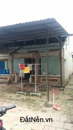 Gấp Gấp Gấp !!! Bán nhà nát chính chủ đường Phan Văn Mãng, 241m2, 900 triệu