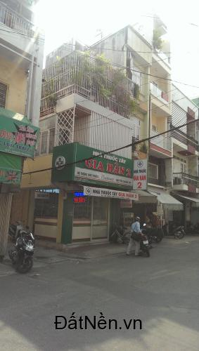 Gia đình cần bán nhà MT Trần Bình Trọng (11 x 30) - giá 38 tỷ TL - LH 0928.055130