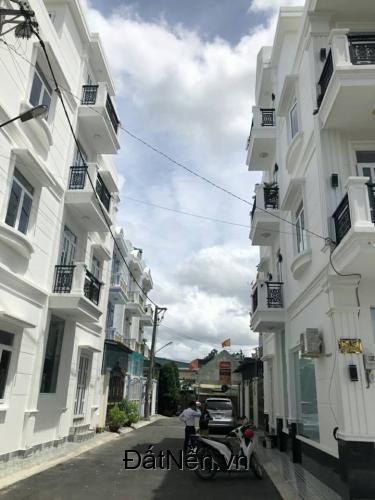 Nhà kiến trúc đẹp, 1 trệt 2 lầu đường Hà Huy Giáp, Quận 12
