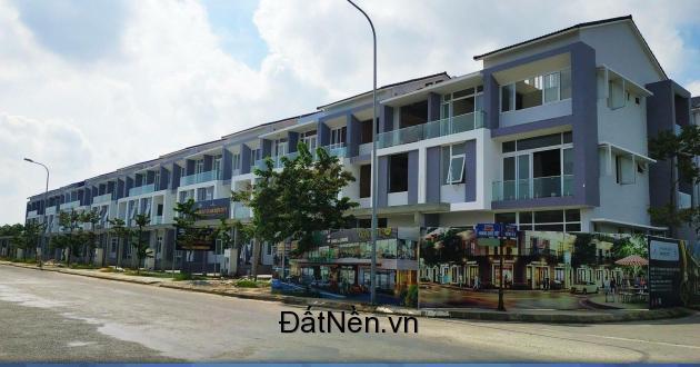 Nhà liền kề với thiết kế lệch tầng, hoàn thiện nội thất tiện nghi, giá tốt