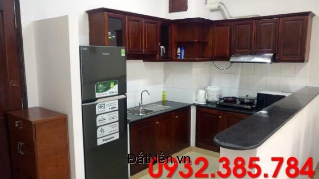 Cần cho thuê căn hộ chung cư 3 phòng ngủ có nội thất giá 15tr/tháng.