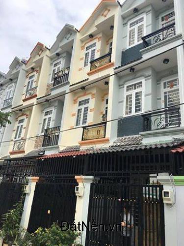 Bán nhà 1 trệt 2 lầu,sân thượng,ngay cầu Phú Xuân,Nhà Bè