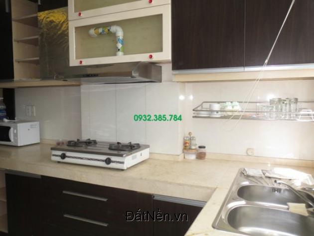 Cho thuê căn hộ 2PN giá 11tr/tháng tại chung cư H3 quận 4