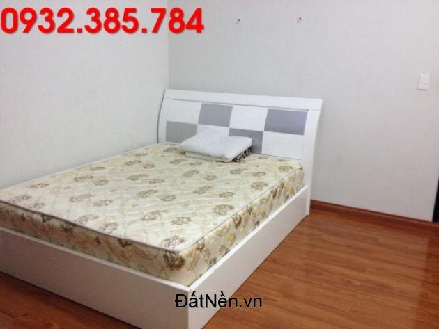 445437-1