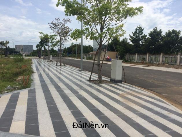 Bán đất nền Trung Tâm Bà Rịa, MT Võ Văn Kiệt giá chỉ 15.5tr/m2, SHR 0939651154