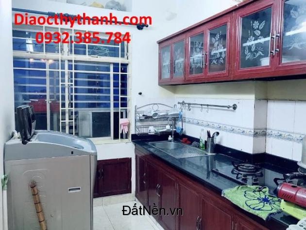Cho thuê căn hộ c/cư Tôn Thất Thuyết Quận 4. LH:0932385784